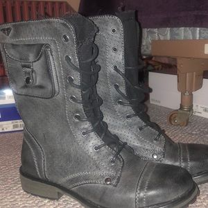 BRAND NEW Rich combat boots